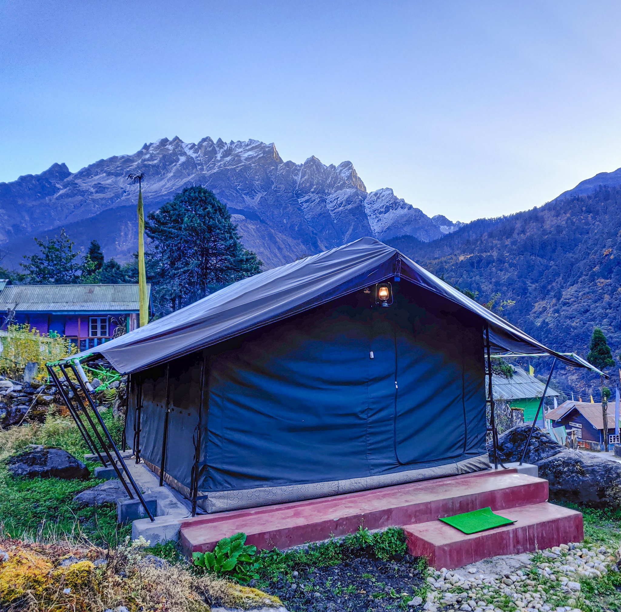 OurGuest Lachung Camp